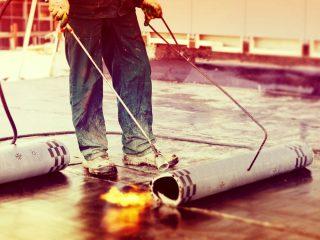 Pose de revêtements de toiture